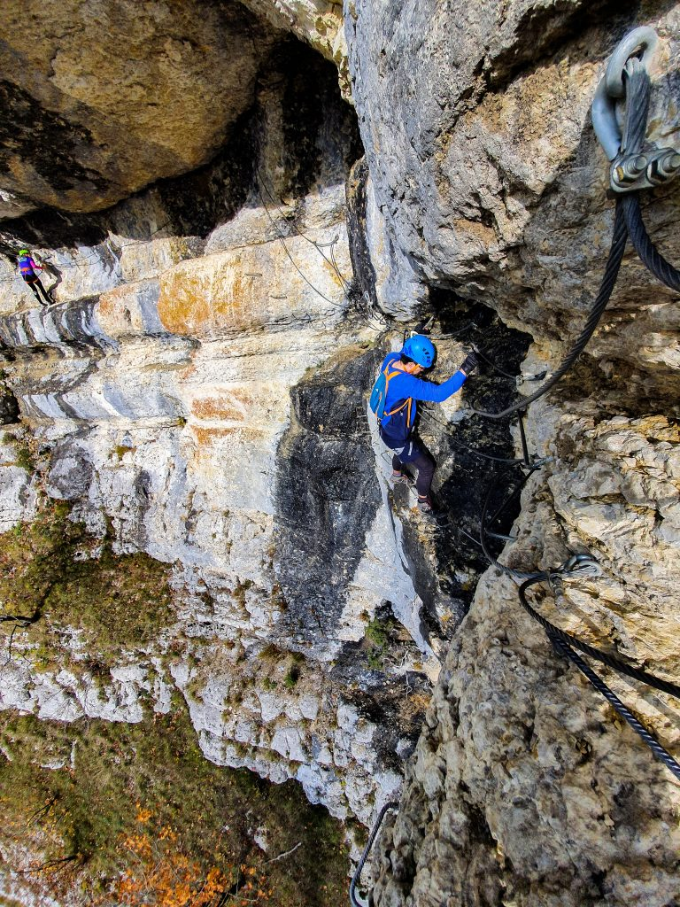 Alkitu - Francisco Matute escalando una montaña